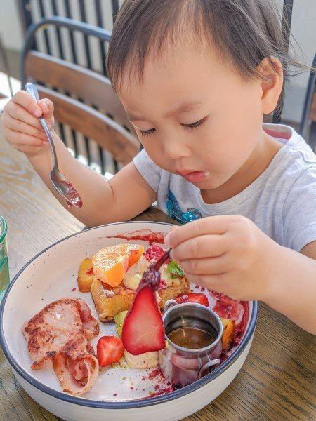 Patch-Cafe-Auckland-Strawberry-Lamington-Hot-Cake-French-Dream-Toast-Toddler-Family-friendly-Kids-Eatery-Review-North-Shore